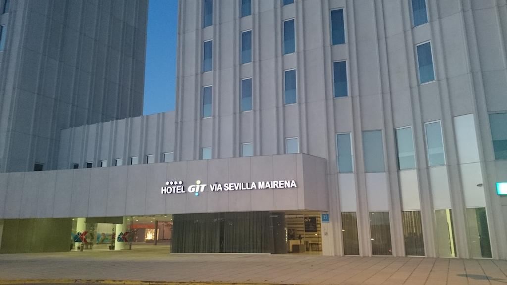 Hotel Via Sevilla Mairena