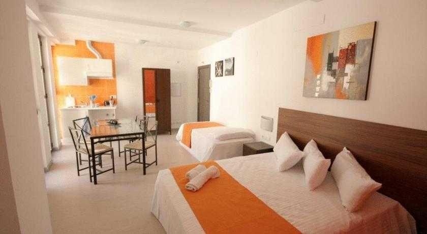 Apartamentos H2 Cáceres