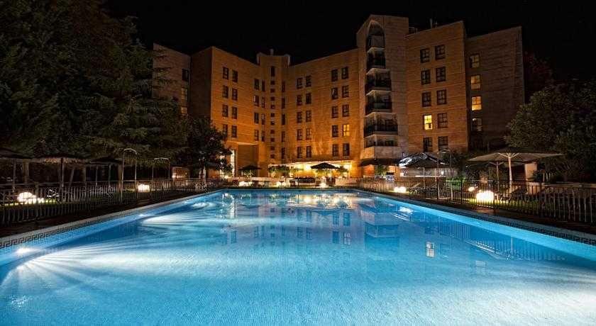 Gran hotel don manuel atiram hotels con traventia for Hoteles de lujo en caceres