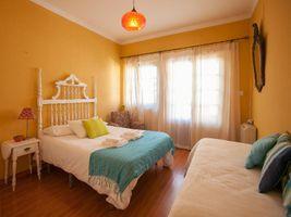 Ericeira Chill Hill Hostel & Private Rooms - Peach Garden